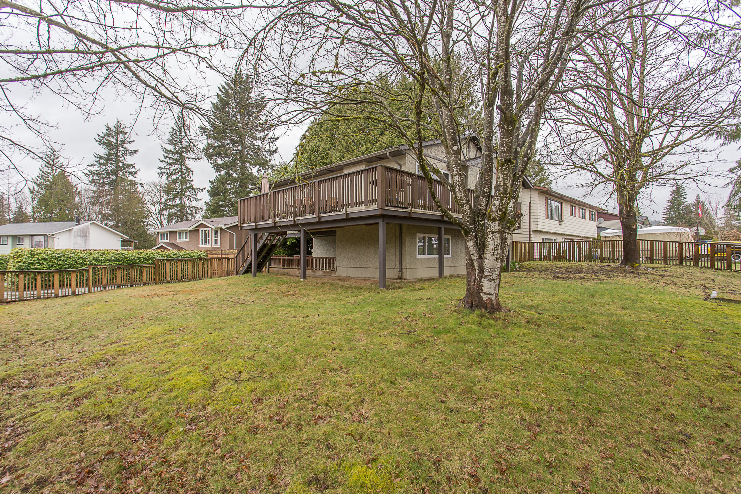 Main Photo: 31951 ROBIN Crescent in Mission: Mission BC House for sale : MLS®# R2251089