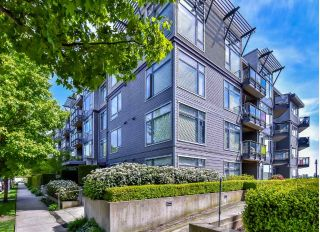 "Main Photo: 103 14300 RIVERPORT Way in Richmond: East Richmond Condo for sale in ""WATERSTONE PIER"" : MLS®# R2264371"