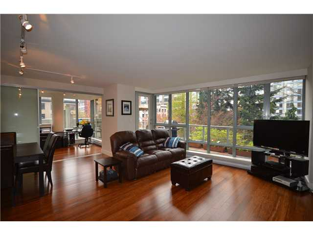 "Main Photo: # 301 930 CAMBIE ST in Vancouver: Yaletown Condo for sale in ""PACIFIC PLACE LANDMARK II"" (Vancouver West)  : MLS® # V955695"