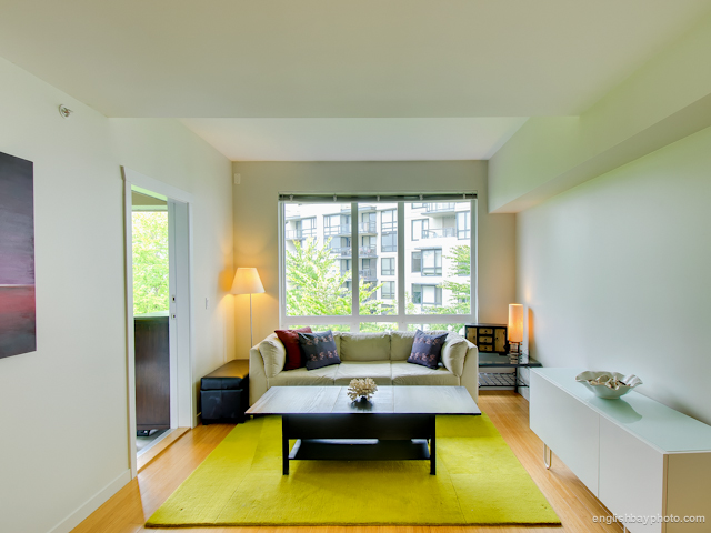 Main Photo: 3575 Euclid Ave. in Vanouver: Collingwood VE Condo for sale (Vancouver East)  : MLS® # V965694