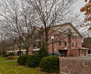 Main Photo: 1 1275 Cornerbrook Place in Mississauga: Erindale Condo for sale : MLS®# W2782875