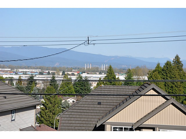 Photo 15: 1656 PITT RIVER Road in Port Coquitlam: Mary Hill House for sale : MLS® # V1057978