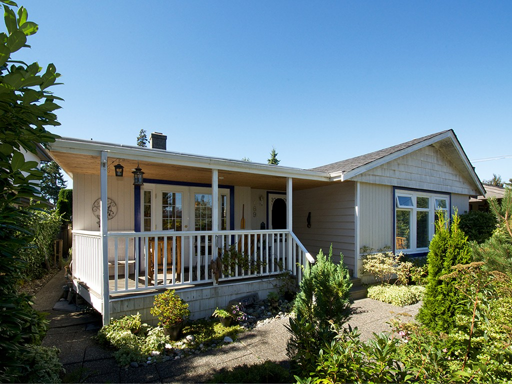 "Main Photo: 169 66TH Street in Tsawwassen: Boundary Beach House for sale in ""BOUNDARY BAY"" : MLS® # V1095213"