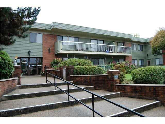"Main Photo: 230 2600 E 49TH Avenue in Vancouver: Killarney VE Condo for sale in ""SOUTHWINDS"" (Vancouver East)  : MLS® # V1142303"