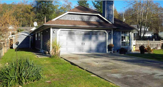 "Photo 13: 1564 CYPRESS Way in Gibsons: Gibsons & Area House for sale in ""Woodcreek Park"" (Sunshine Coast)  : MLS(r) # R2018548"