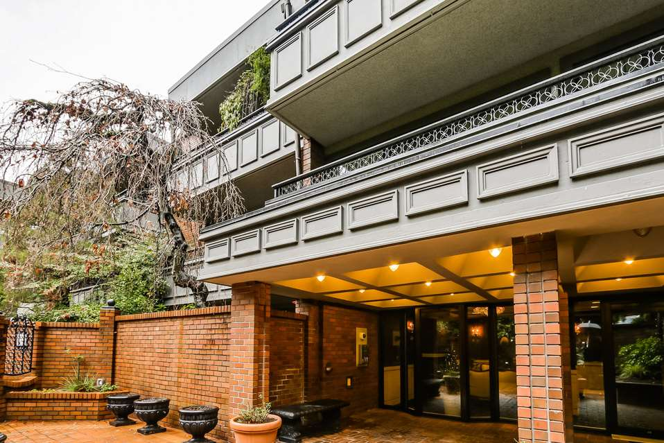 "Photo 15: 506 1405 W 15TH Avenue in Vancouver: Fairview VW Condo for sale in ""LANDMARK GRAND"" (Vancouver West)  : MLS(r) # R2020276"