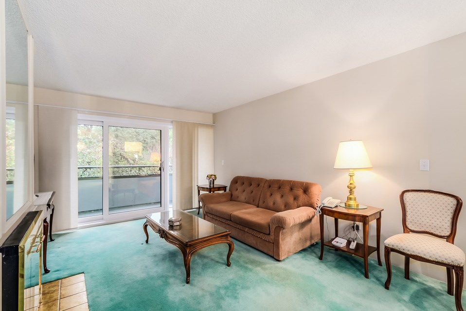 "Photo 4: 506 1405 W 15TH Avenue in Vancouver: Fairview VW Condo for sale in ""LANDMARK GRAND"" (Vancouver West)  : MLS(r) # R2020276"