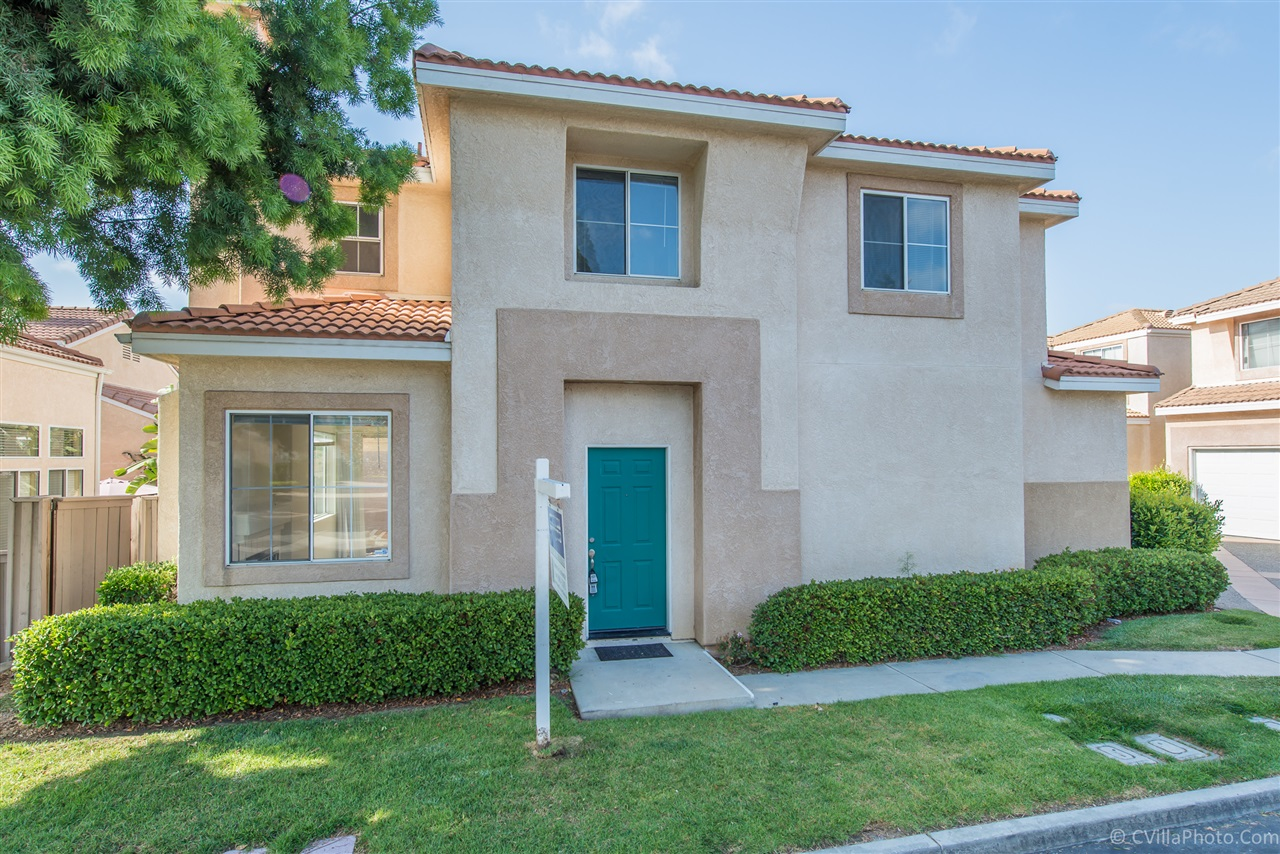 FEATURED LISTING: 940 Caminito Estrella Chula Vista