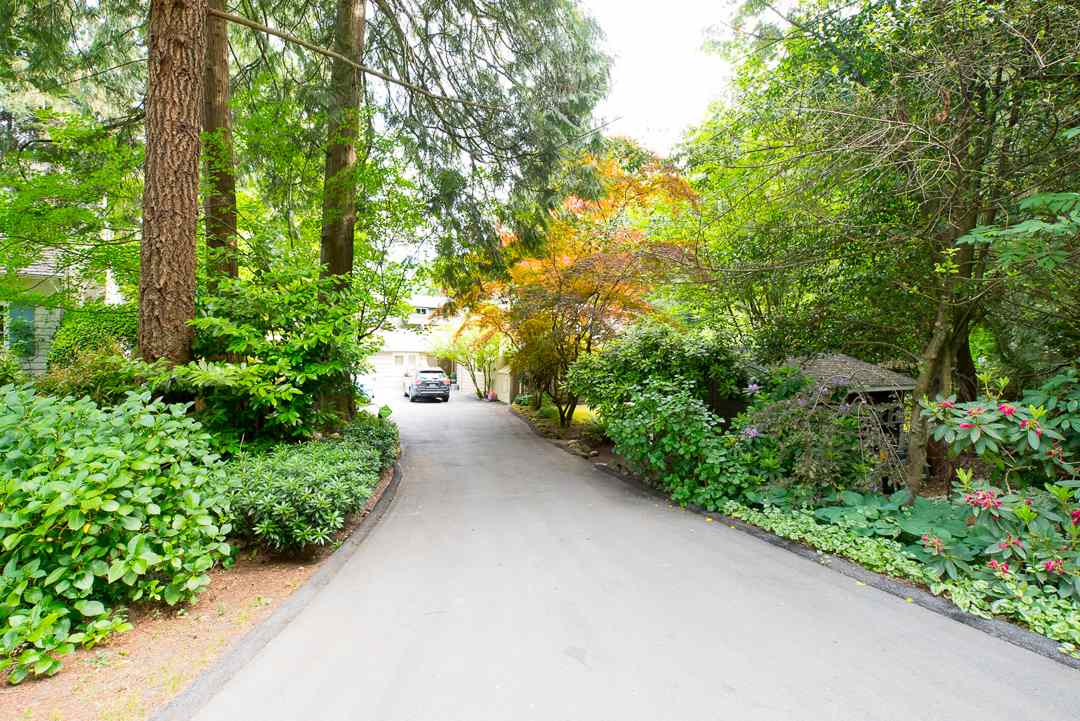 Main Photo: 1388 TERRACE Avenue in North Vancouver: Capilano NV House for sale : MLS®# R2074641