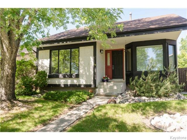 Main Photo: 69 Britannica Road in Winnipeg: St Vital Residential for sale (South East Winnipeg)  : MLS® # 1615931