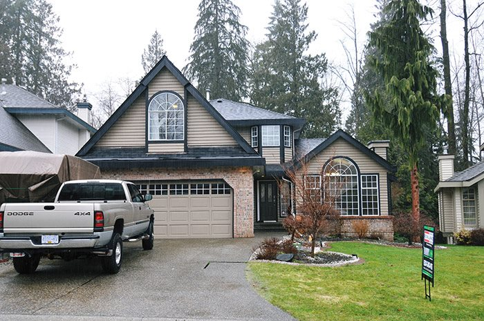 "Main Photo: 23686 108TH Loop in Maple Ridge: Albion House for sale in ""KANAKA RIDGE ESTATES"" : MLS® # R2146610"
