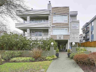"Main Photo: 302 2110 YORK Avenue in Vancouver: Kitsilano Condo for sale in ""New York on York"" (Vancouver West)  : MLS(r) # R2149623"