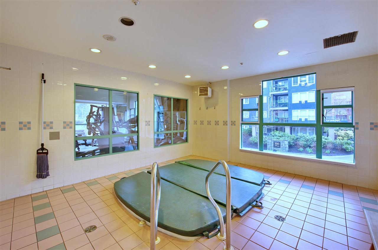 "Photo 14: 2003 3071 GLEN Drive in Coquitlam: North Coquitlam Condo for sale in ""PARC LAURANT"" : MLS® # R2153456"