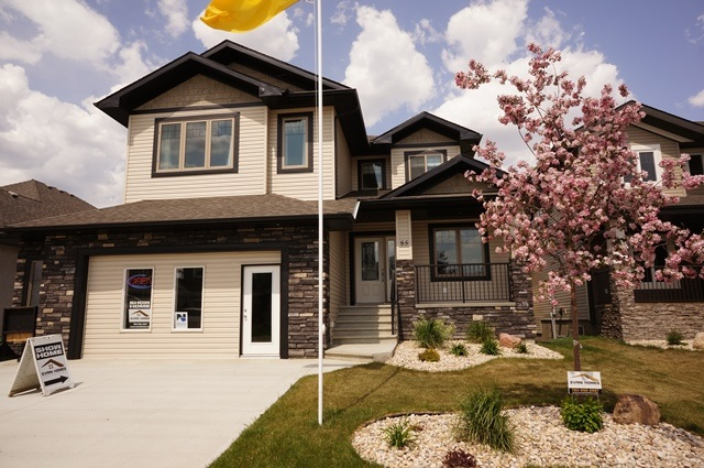Main Photo: 85 DANFIELD Place: Spruce Grove House for sale : MLS(r) # E4059394