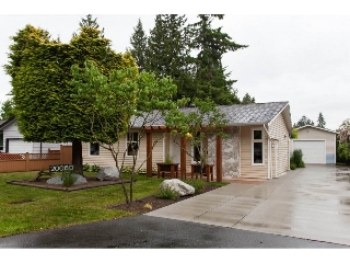 Main Photo: 20080 45 Avenue in Langley: Langley City House for sale : MLS(r) # R2178555
