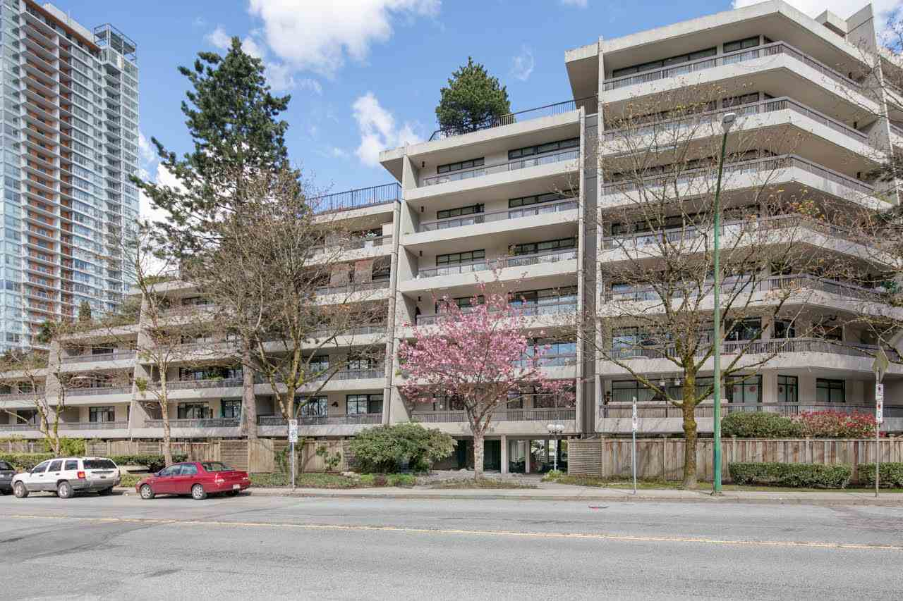 Main Photo: 103 5932 PATTERSON Avenue in Burnaby: Metrotown Condo for sale (Burnaby South)  : MLS(r) # R2180408
