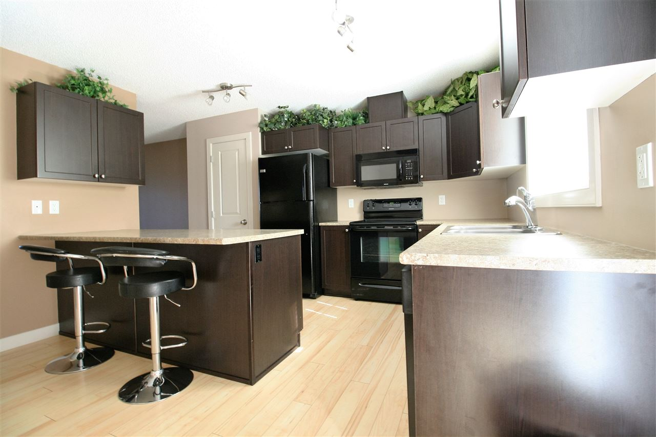 Main Photo: 115 CALLAGHAN Drive in Edmonton: Zone 55 Townhouse for sale : MLS® # E4072456