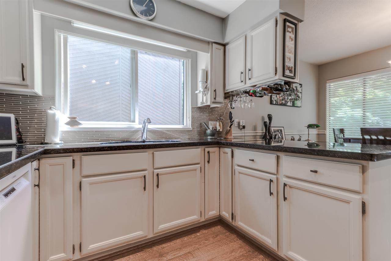 Photo 9: 27 ESCOLA Bay in Port Moody: Barber Street House for sale : MLS® # R2187496