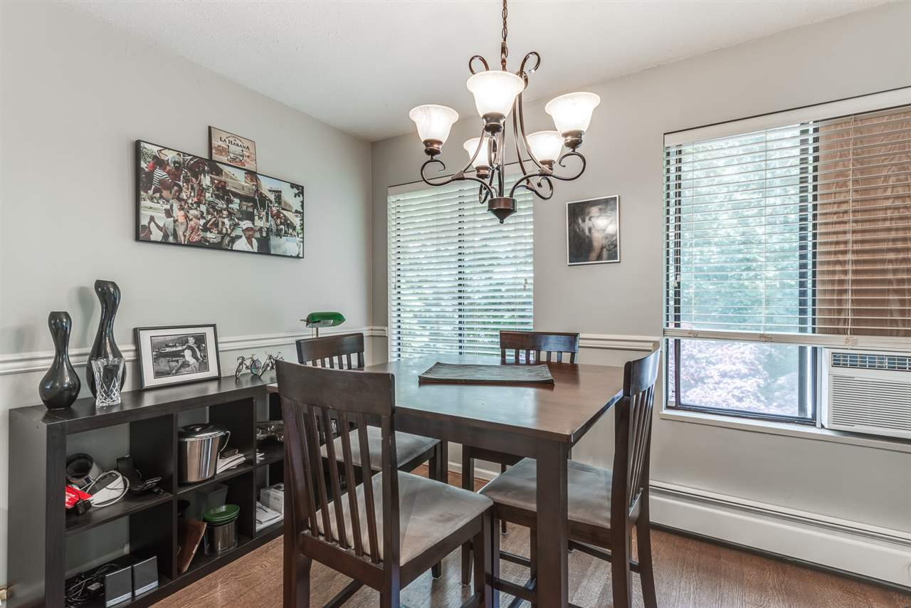 Photo 10: 27 ESCOLA Bay in Port Moody: Barber Street House for sale : MLS® # R2187496