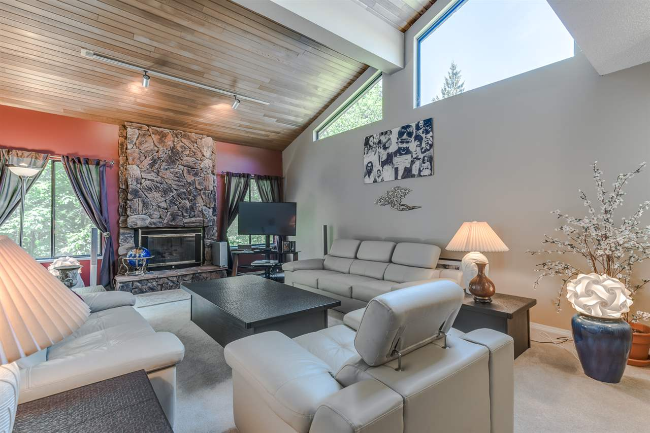 Photo 3: 27 ESCOLA Bay in Port Moody: Barber Street House for sale : MLS® # R2187496
