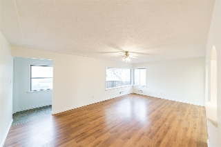 Main Photo:  in Edmonton: Zone 04 House for sale : MLS(r) # E4074165