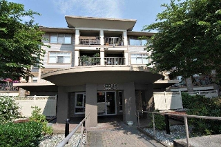 "Main Photo: 127 12238 224 Street in Maple Ridge: East Central Condo for sale in ""URBANO"" : MLS® # R2197012"