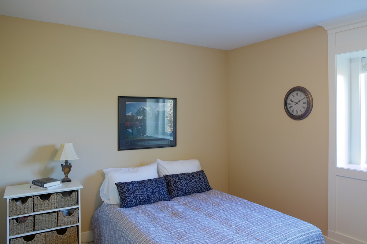 "Photo 12: Photos: 8258 211 Street in Langley: Willoughby Heights House for sale in ""Willoughby"" : MLS® # R2204265"