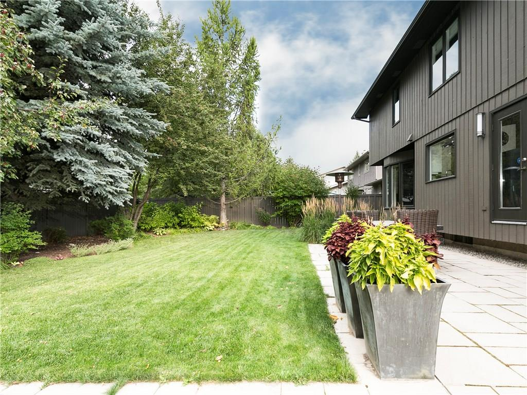 Photo 8: 2410 BAY VIEW Place SW in Calgary: Bayview House for sale : MLS® # C4137956