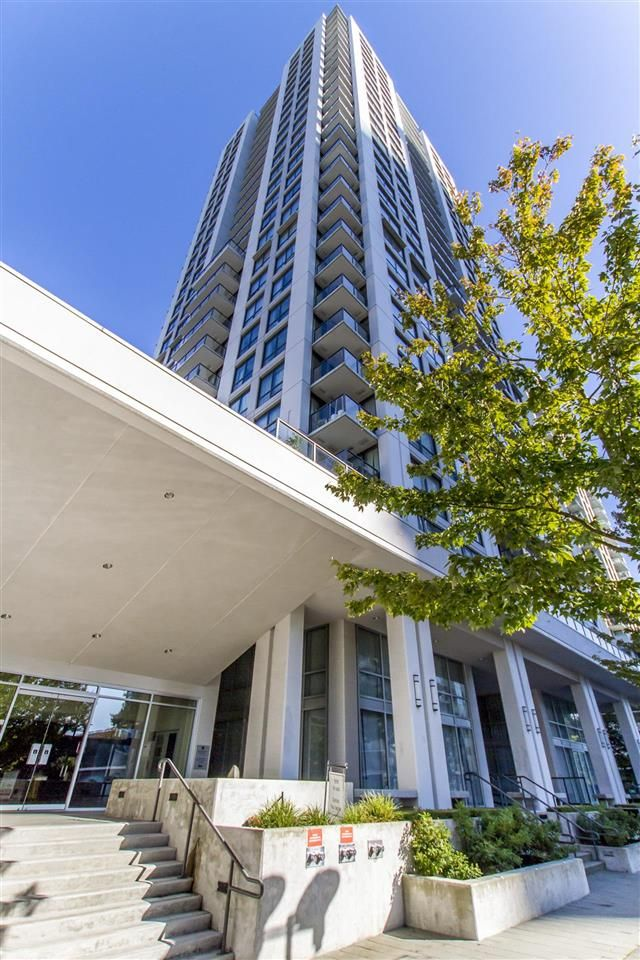 "Main Photo: 908 2979 GLEN Drive in Coquitlam: North Coquitlam Condo for sale in ""ALTAMONTE"" : MLS® # R2210617"