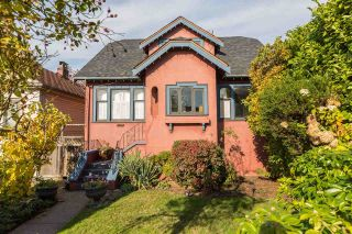 Main Photo: 3509 TRIUMPH Street in Vancouver: Hastings East House for sale (Vancouver East)  : MLS® # R2219110