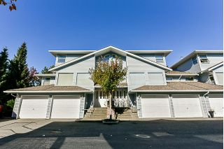 "Main Photo: 28 16363 85 Avenue in Surrey: Fleetwood Tynehead Townhouse for sale in ""Somerset Lane"" : MLS®# R2314499"