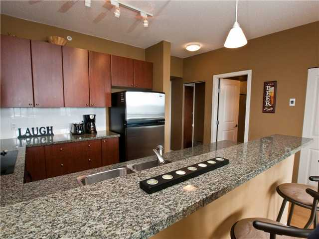 "Photo 4: 1007 4132 HALIFAX Street in Burnaby: Brentwood Park Condo for sale in ""Marquis Grande"" (Burnaby North)  : MLS(r) # V895524"