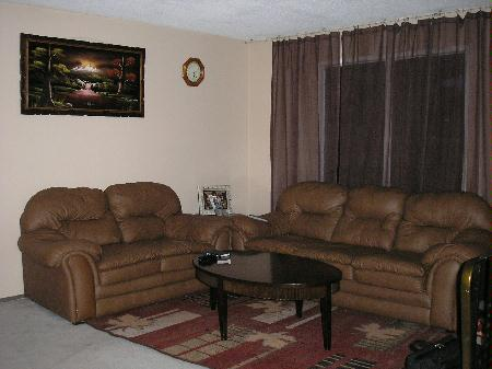 Photo 2: Photos: 74 Dzyndra Cres.: Residential for sale (Missions Gardens)  : MLS® # 2700841