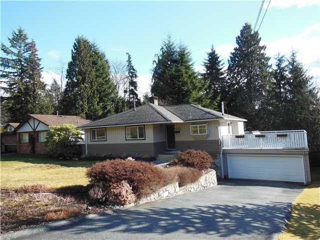 "Main Photo: 1722 APPIN Road in North Vancouver: Westlynn House for sale in ""Westlynn"" : MLS®# V1049386"