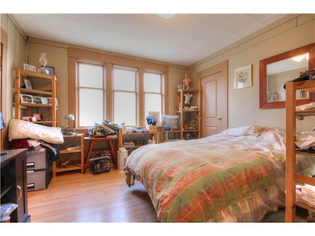 Photo 14: 1767 PARKER Street in Vancouver: Grandview VE House for sale (Vancouver East)  : MLS(r) # V1104050