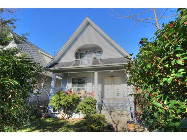 Photo 17: 1767 PARKER Street in Vancouver: Grandview VE House for sale (Vancouver East)  : MLS(r) # V1104050