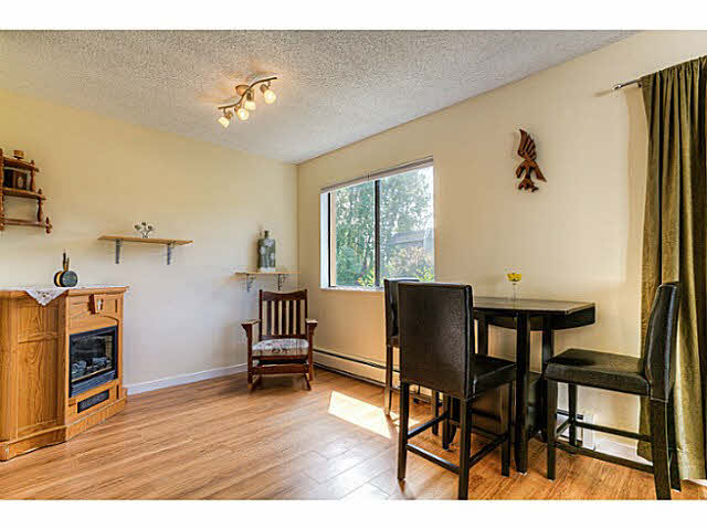 Photo 6: 204 12170 222ND Street in Maple Ridge: West Central Condo for sale : MLS(r) # V1131313