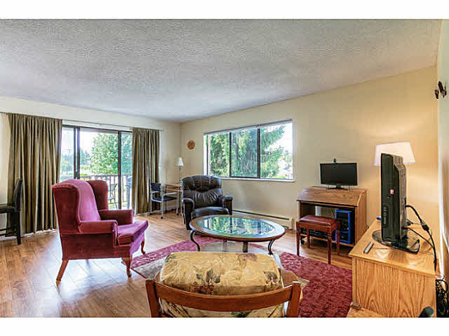 Photo 1: 204 12170 222ND Street in Maple Ridge: West Central Condo for sale : MLS(r) # V1131313