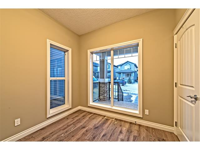 Photo 14: 25 NOLANFIELD Manor NW in Calgary: Nolan Hill House  : MLS(r) # C4041105