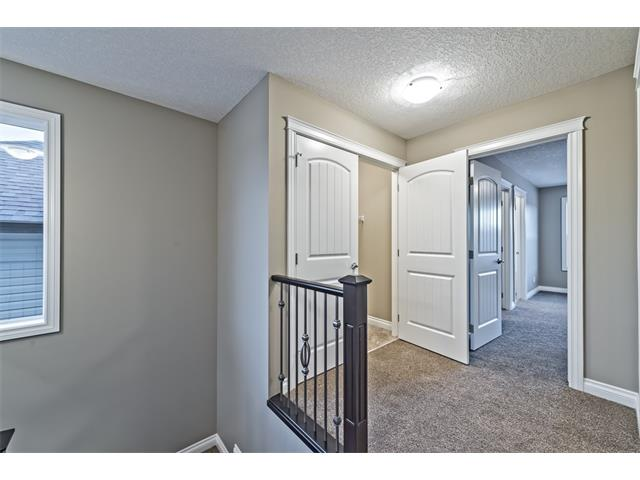 Photo 15: 25 NOLANFIELD Manor NW in Calgary: Nolan Hill House  : MLS(r) # C4041105