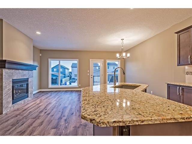 Photo 11: 25 NOLANFIELD Manor NW in Calgary: Nolan Hill House  : MLS(r) # C4041105