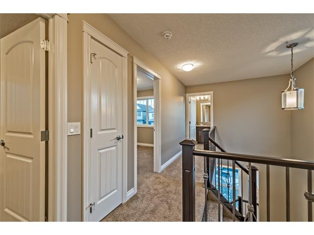 Photo 18: 25 NOLANFIELD Manor NW in Calgary: Nolan Hill House  : MLS(r) # C4041105