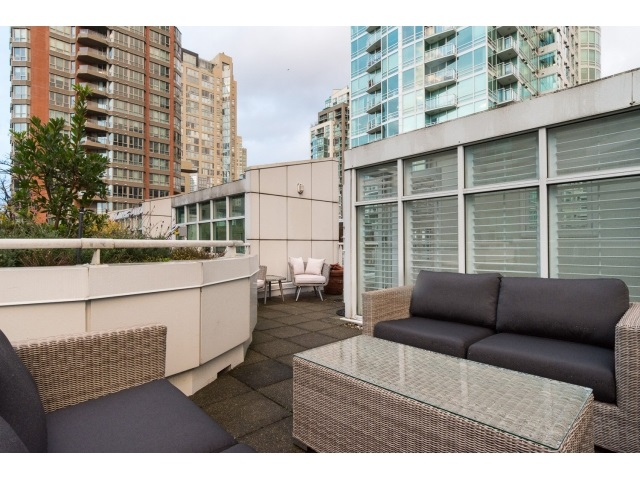 "Photo 20: T09 1501 HOWE Street in Vancouver: Yaletown Townhouse for sale in ""888 BEACH"" (Vancouver West)  : MLS® # R2020483"