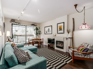 "Main Photo: 311 1422 E 3RD Avenue in Vancouver: Grandview VE Condo for sale in ""LA CONTESSA"" (Vancouver East)  : MLS® # R2024550"