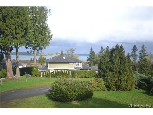 Main Photo: 3094 Island View Road in SAANICHTON: CS Island View Single Family Detached for sale (Central Saanich)  : MLS® # 361857