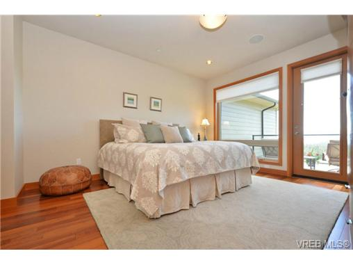 Photo 11: 13 3650 Citadel Place in VICTORIA: Co Latoria Townhouse for sale (Colwood)  : MLS® # 364045