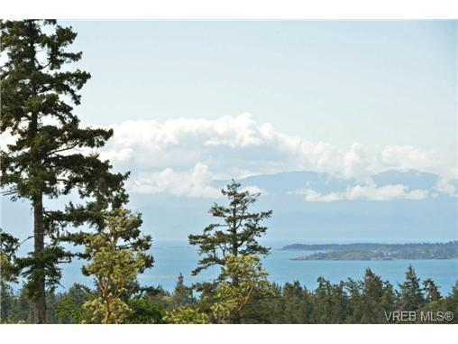 Photo 8: 13 3650 Citadel Place in VICTORIA: Co Latoria Townhouse for sale (Colwood)  : MLS® # 364045
