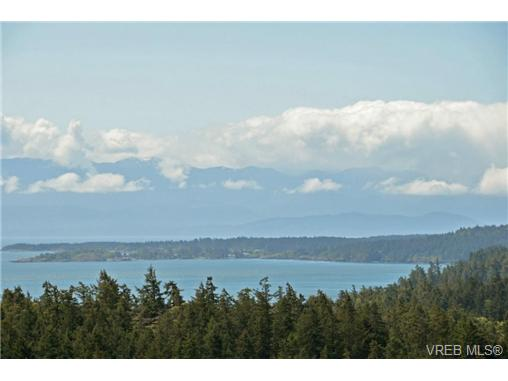 Photo 9: 13 3650 Citadel Place in VICTORIA: Co Latoria Townhouse for sale (Colwood)  : MLS® # 364045