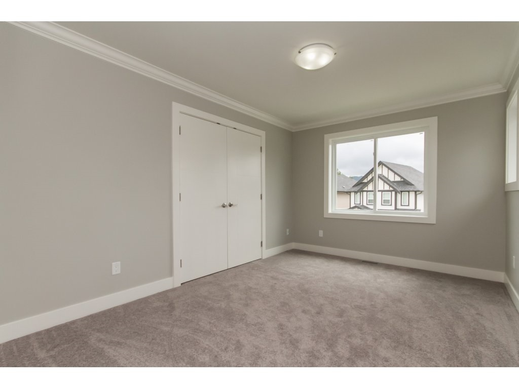 Photo 15: 35936 SHADBOLT Avenue in Abbotsford: Abbotsford East House for sale : MLS® # R2076195
