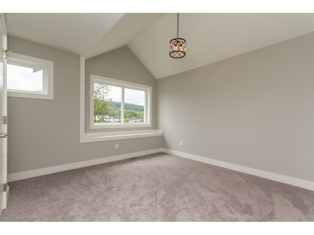 Photo 13: 35936 SHADBOLT Avenue in Abbotsford: Abbotsford East House for sale : MLS® # R2076195
